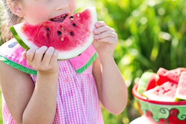 Salud bucodental ¿qué alimentos nos benefician y cuáles pueden resultar perjudiciales?